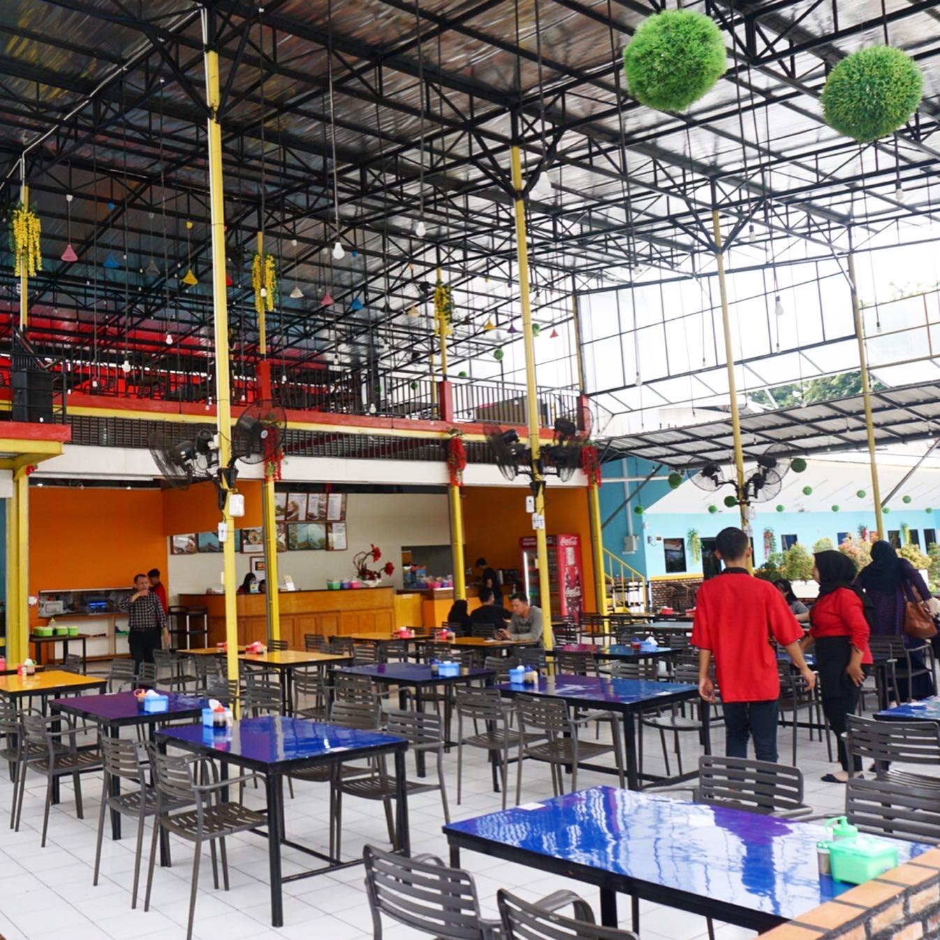 In n Out Seafood Bekasi Utara
